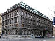 Pečkárna neboli Petschkův palác vulici Politických vězňů vPraze