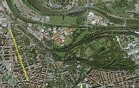 Terronská Str. (gelbe Linie) mit der Umgebung. Im Norden fließt die Moldau.
