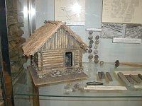 Modell des großmährischen Hauses
