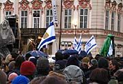 Pietní shromáždění na Staroměstském náměstí