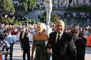 Miroslav Donutil con su esposa