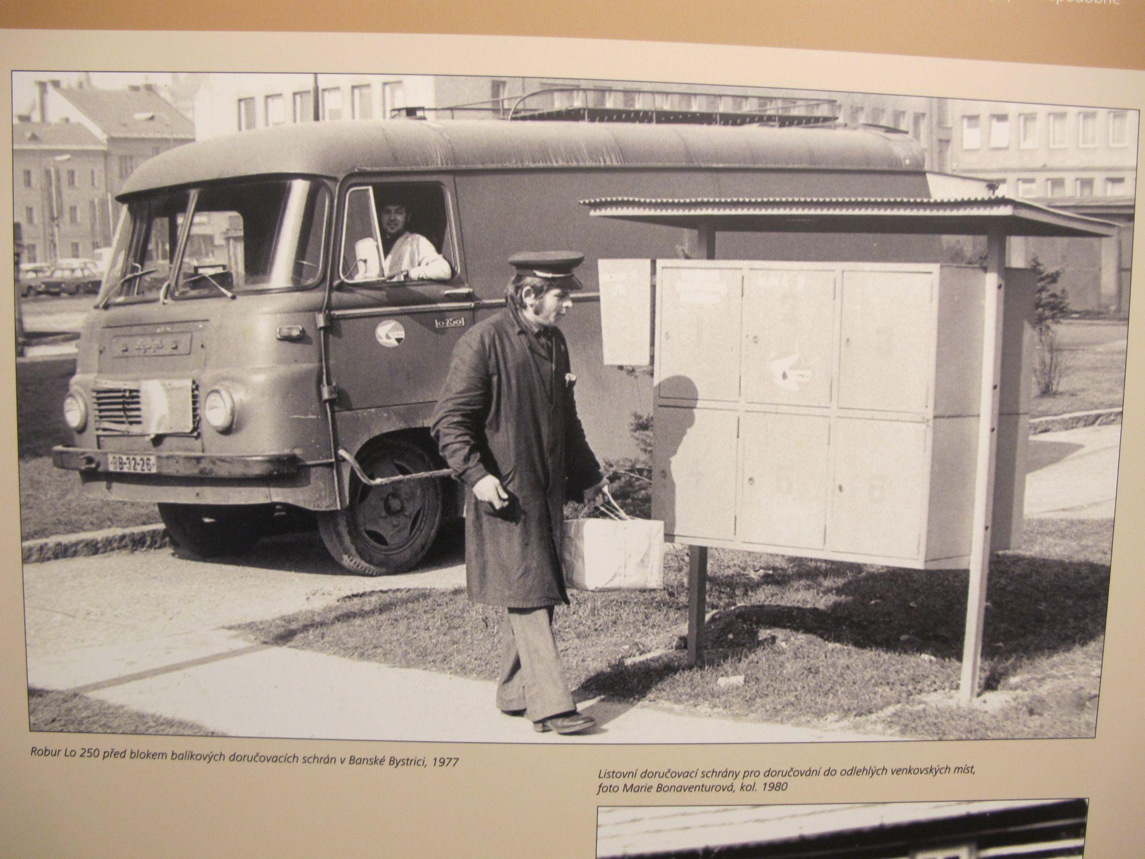 El buz n de correos cumple en chequia su bicentenario radio praga - Buzon vintage ...