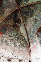Den Reliquienschrein des Heiligen Maurus fanden sie unter dem Boden der Burgkapelle