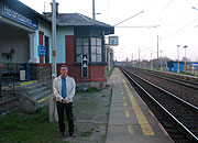 David Beveridge at Nelahozeves train station