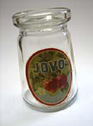 JOVO-Glas - der erste Fruchjoghurt der Welt (Foto: Autor)