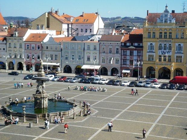 Náměstí a hlavní ulice Ceske_budejovice2