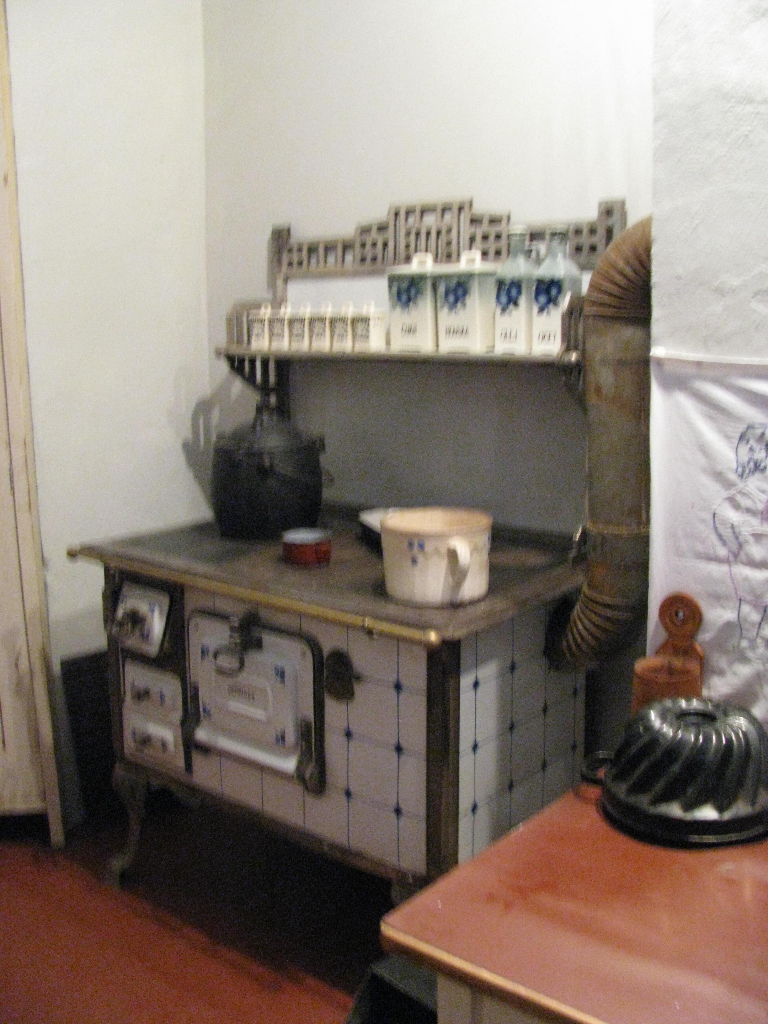 radio prag museum f r gastronomie von der feuerst tte zum gasherd. Black Bedroom Furniture Sets. Home Design Ideas