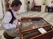 Cimbalom, photo: archive of Radio Prague