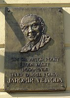 Memorial plaque in Zbraslav, photo: archive of Radio Prague