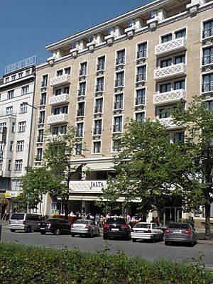 Mon coin de prague l 39 h tel jalta sur la place venceslas radio prague - Office de tourisme prague ...