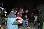 Rozdávání dárků (Foto: Jana Šustová)
