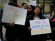 Romové protestují proti Jiřímu Čunkovi