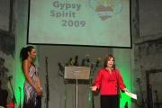 Moderátorka Lejla Abbasová a autorka projektu Gypsy Spirit Ľubomíra Slušná (Foto: Jana Šustová)