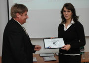 Tereza Dvořáková z firmy Inventec (vpravo)