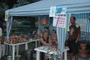 Prodej romských výrobků v Parku růží