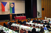 Celostátní konference Mezinárodní romské unie v Praze (Foto: Jana Šustová)