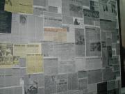 Novinové výstřižky ve stálé expozici Muzea romské kultury (Foto: Jana Šustová)