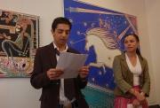 David Tišer zahajuje výstavu Katarzyny Pollok v rámci festivalu Khamoro 2007
