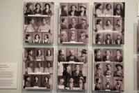 Rakouská tzv. cikánská kartotéka. Z výstavy Romane thana (Foto: Jana Šustová)