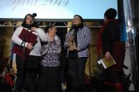 Ženy ze skupiny Manushe s cenou Roma Spirit (Foto: Jana Šustová)