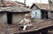 Syn romského kováře v rumunské vesnici Stefanesti (Foto: Michaela Janoch)