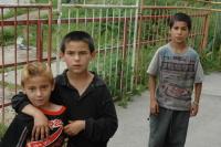 Kluci z romské osady v Rudňanech (Foto: Jana Šustová)