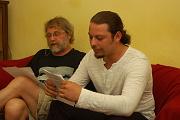 Petr Šabach a František Bikár čtou vítězný příspěvek