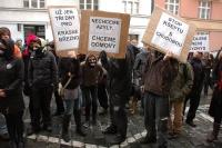 Protest proti uzavření ubytovny v Ústí nad Labem (Foto: Jana Šustová)