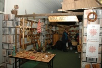 Prodejní výstava výrobků z dílny Roma Art Čičava (Foto: Jana Šustová)