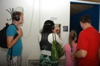 Poslouchání příběhů v kuchyni (Foto: Jana Šustová)