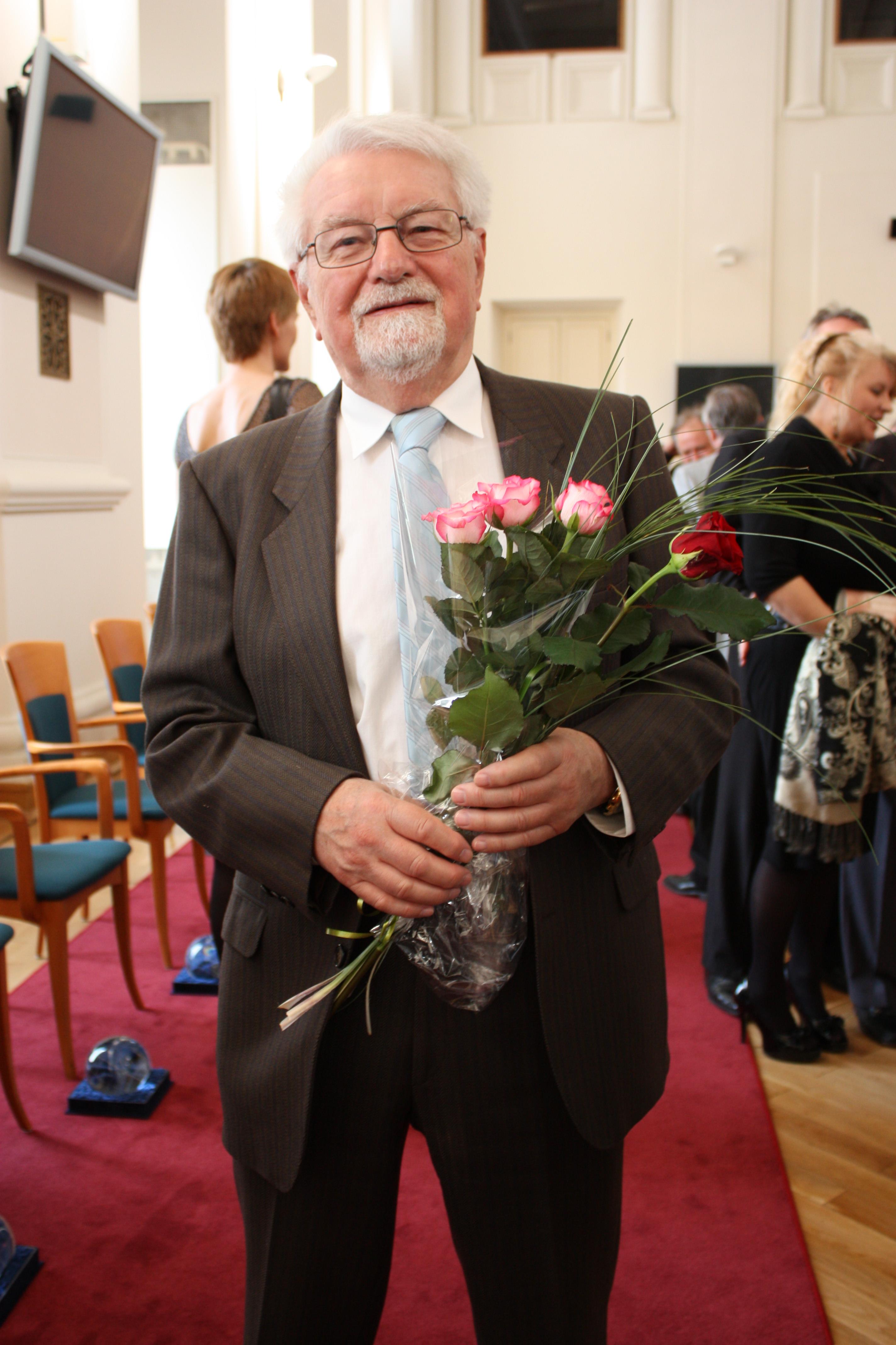 Bohemista lubomír doležel přednášel v kanadě, nyní se chystá