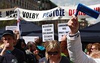 "Protest ""Stoppt die Regierung"" (Foto: Barbora Kmentová)"