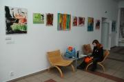 Výstava obrazů dětí z azylového zařízení Zastávka u Brna (Foto: Jana Šustová)