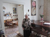 Helga Weissová-Hošková in her apartment, photo: David Vaughan