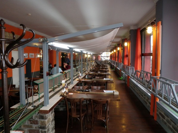 Radio Prague Prague S V 253 Topna Restaurant A Hit With