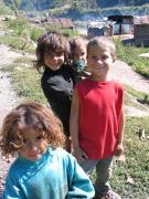 Děti v romské osadě