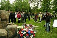 Pietní akt za oběti romského holocaustu (ilustrační foto: Miroslav Duschek)