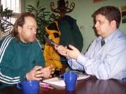 Anton Čamaj (vlevo) při rozhovoru s Janem Mišurcem
