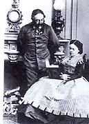 Marie von Ebner-Eschenbach mit ihrem Gemahl