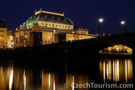Национальный театр (Прага): не всем русским нравится (Фото: CzechTourism)