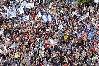 Demonstration gegen die Regierungspolitik