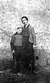 Елена Костина с сыном Борисом, поместье Мейерхоф, Туреч 1943