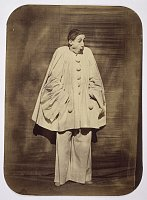 Nadar et Adrien Tournachon, le Mime Deburau en Pierrot : La surprise, 1854-55, photo: Musée de l'Élysée