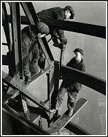 Lewis Hine, Trois riveurs, Empire State Building, 1931, photo: Musée de l'Élysée