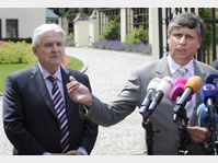 Jiří Rusnok et Jan Fischer, photo: CTK