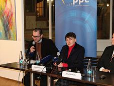 Надежда Савченко в Праге, Фото: Ондржей Томшу, Чешское радио - Радио Прага