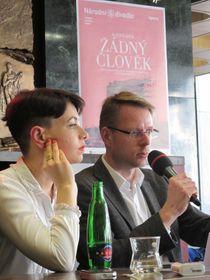 Katharina Schmitt und Jiří Kadeřábek (Foto: Martina Schneibergová)