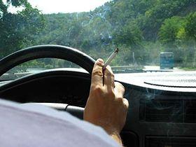 Rauchen am Steuer gehört auch zu den Störfaktoren (Foto: Barbora Němcová)