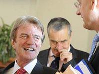 Bernard Kouchner (à gauche), photo: CTK