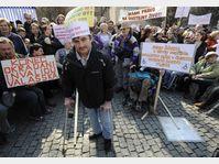 La manifestation devant le ministère des Affaires sociales à Prague, photo: CTK